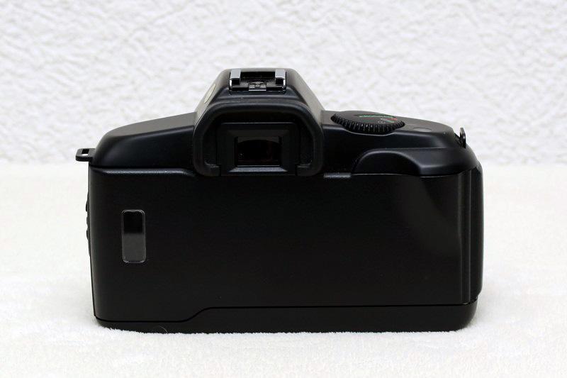 Canon EOS Technoclopedia: Canon EOS 850 Body Back View
